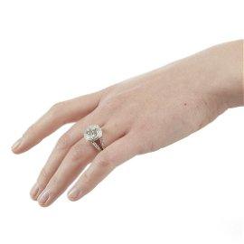 18K White Gold Diamond Engagement Ring 3.05 Ct Center