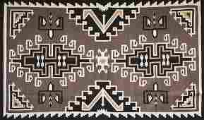 Small Two Grey Hills Navajo Rug 4' x 8'