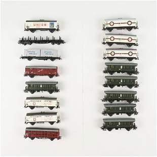 Grp: 16 Marklin Scale Train Rail Cars