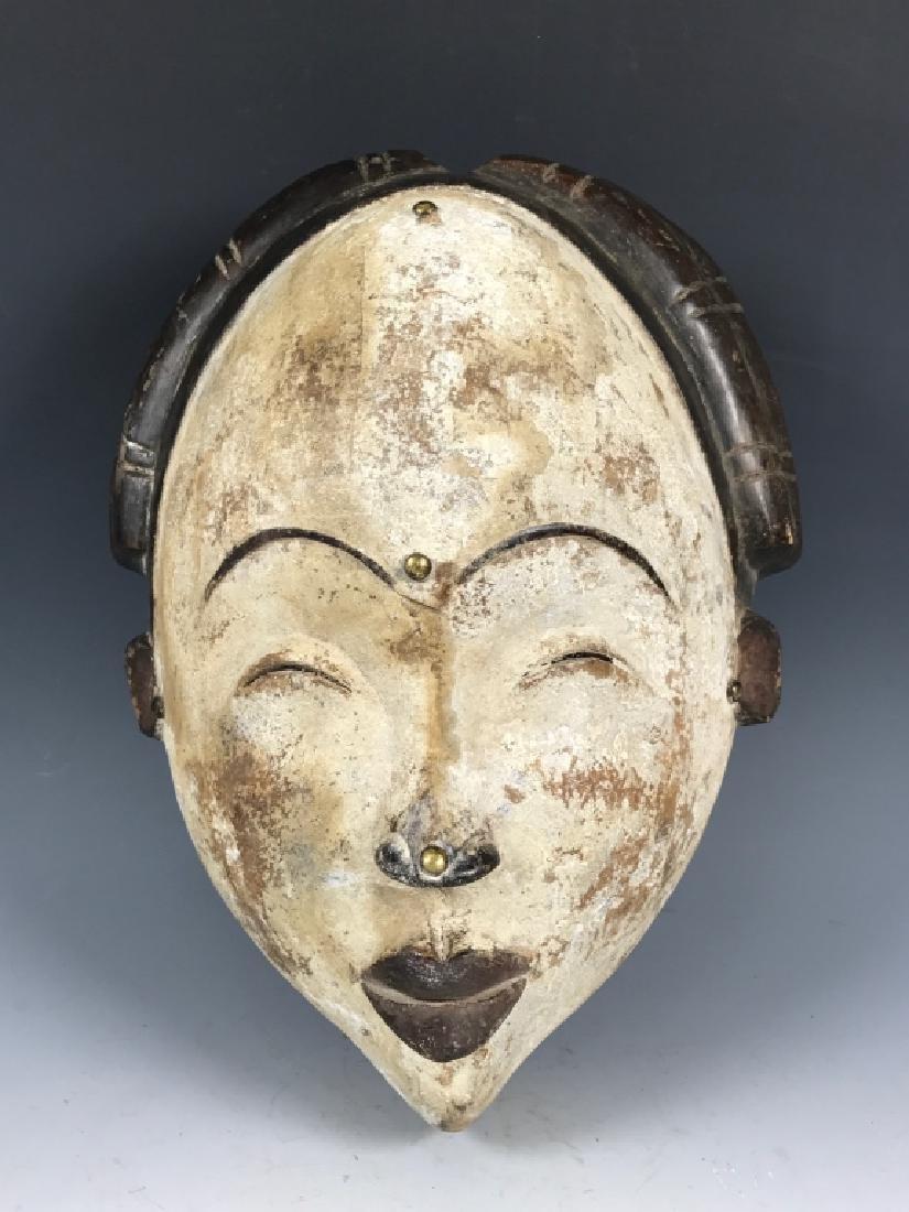 Lumbo Mask- Gabon
