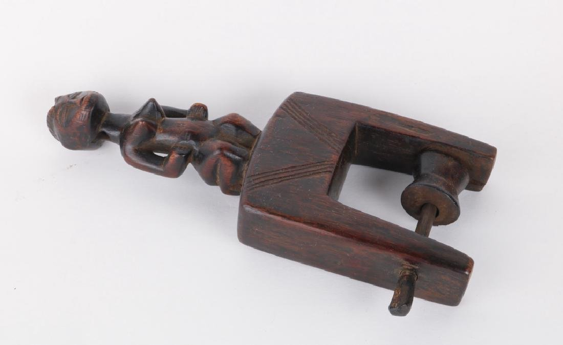 African Art Pulley - 3