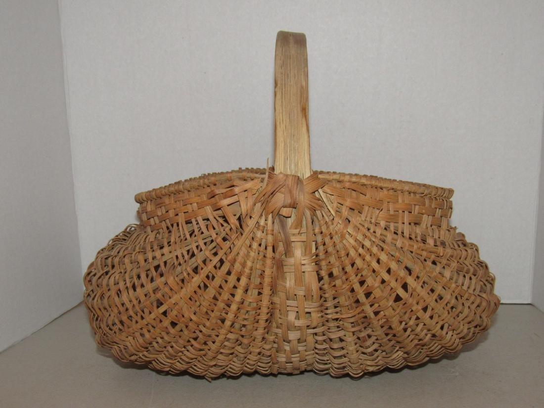 Large Gathering Butt Basket