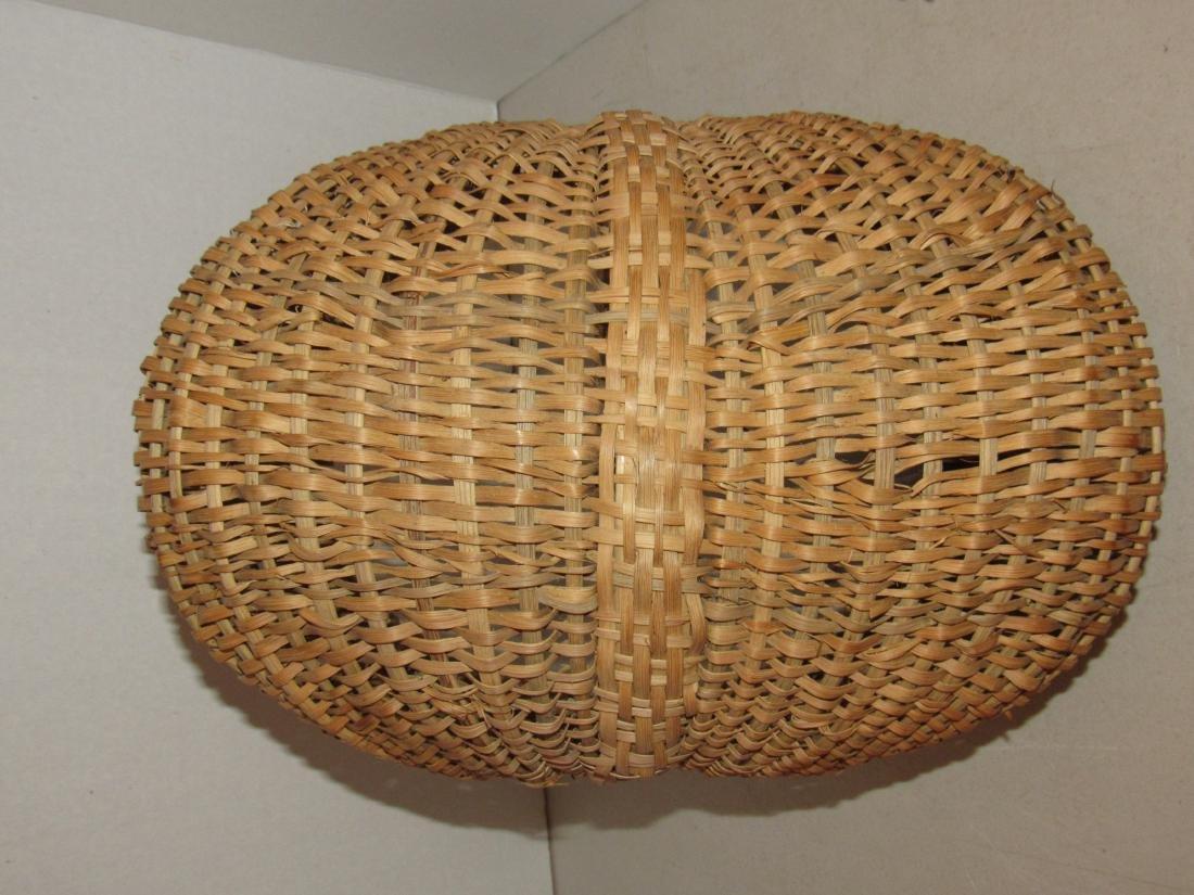 Large Gathering Butt Basket - 8