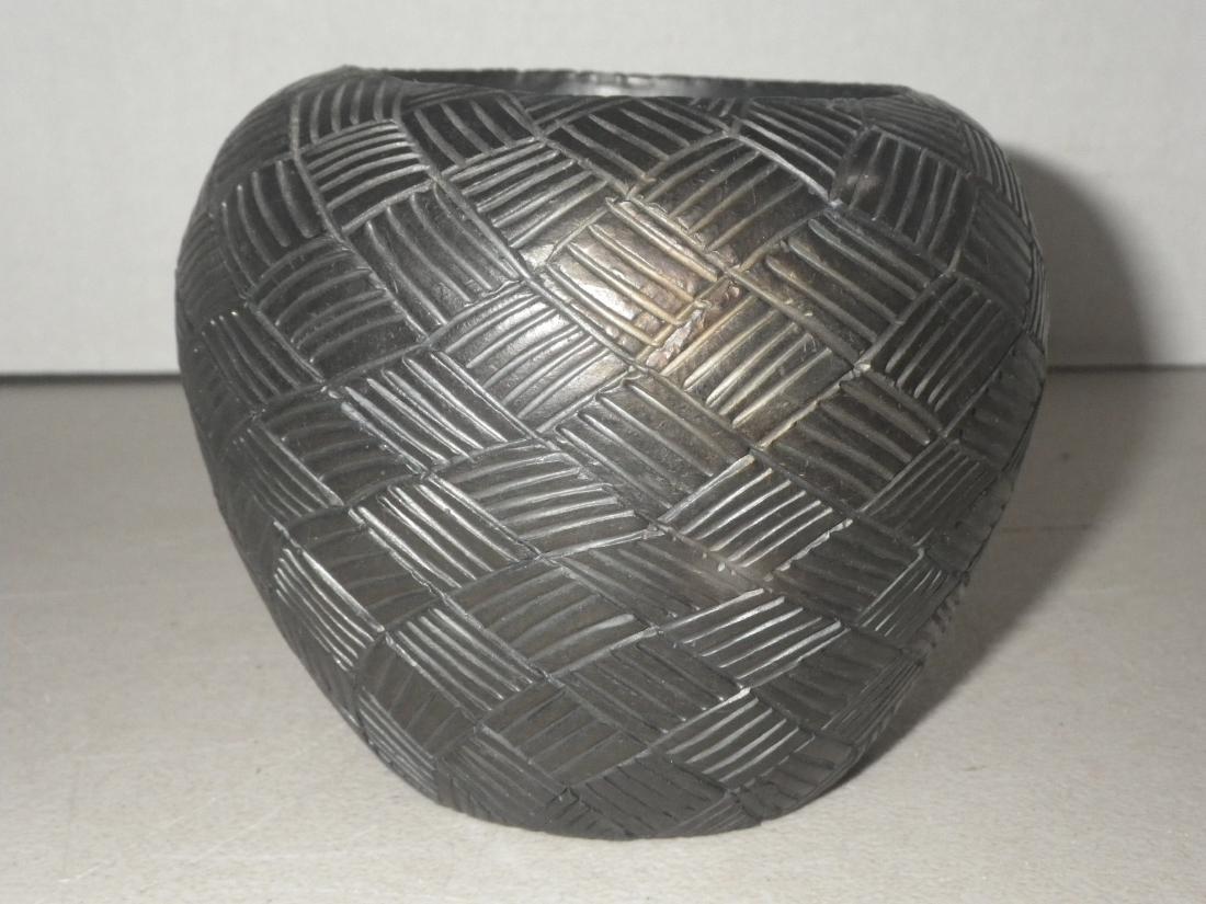 Cora Wahnetah (1907 - 1986) Signed Cherokee Pottery