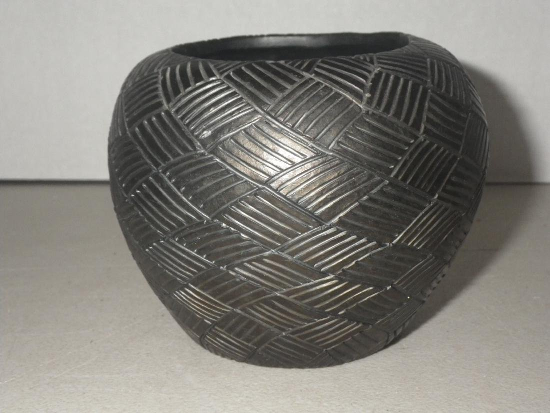 Cora Wahnetah (1907 - 1986) Signed Cherokee Pottery - 3