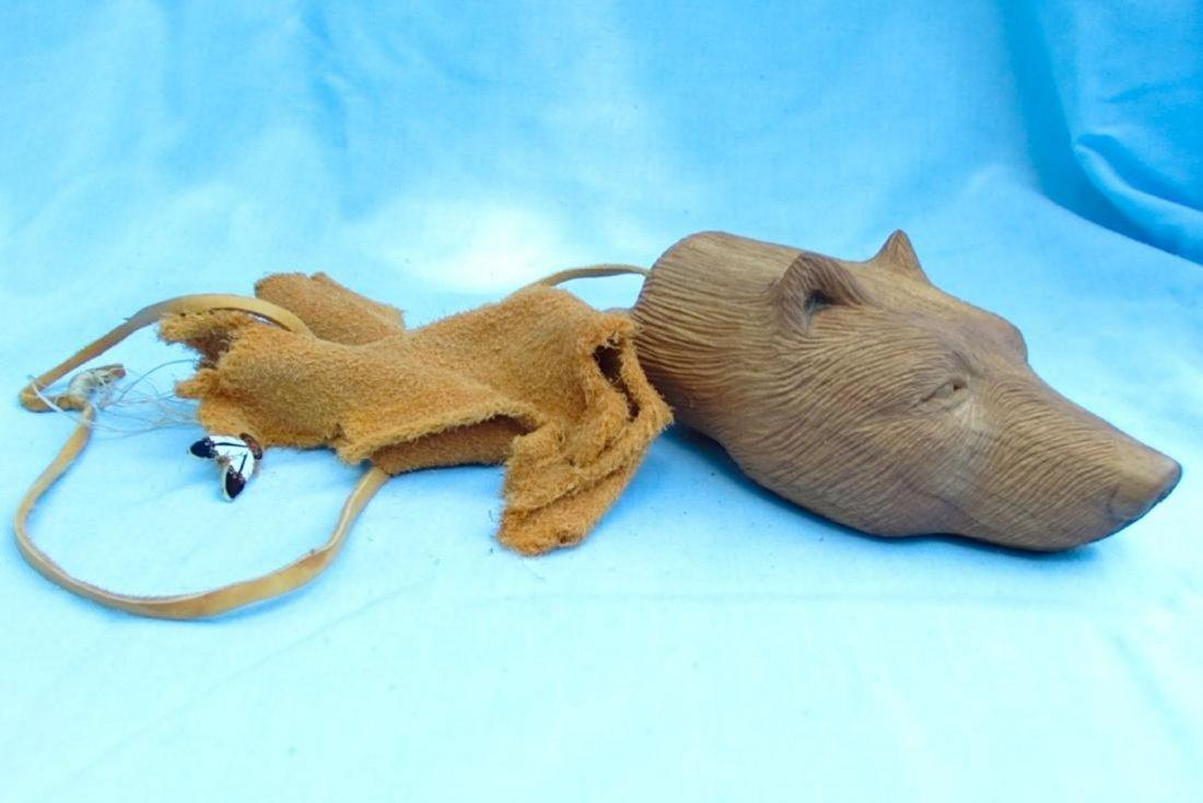 Hornbuckle 97 Wolf Wood Carving