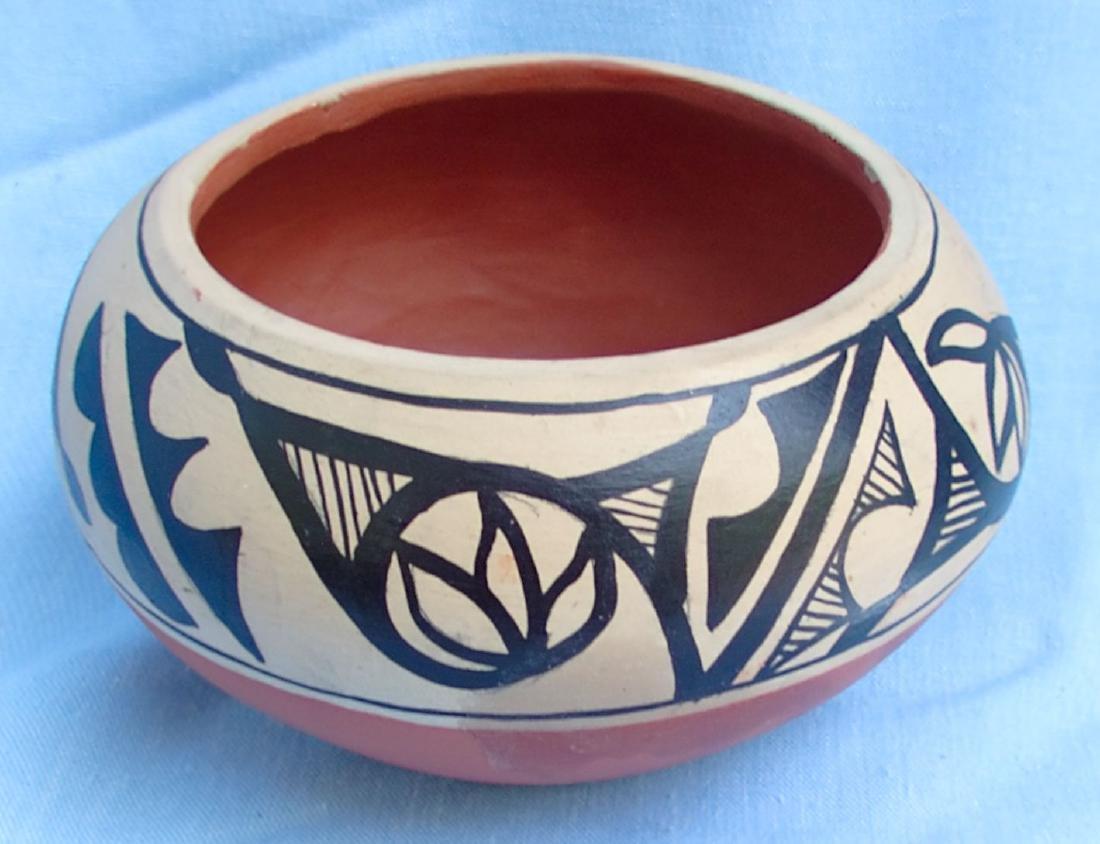 Signed Pottery Clay Bowl - Dorela Tosa Jemez - 2