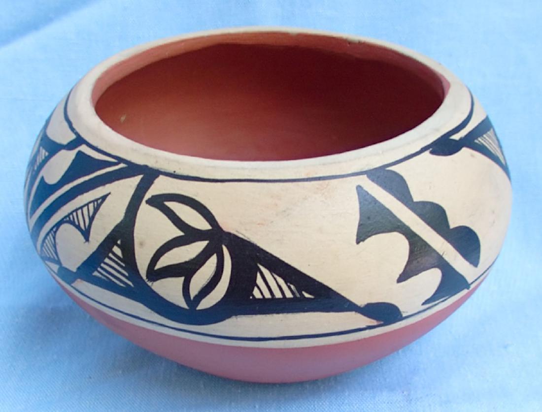 Signed Pottery Clay Bowl - Dorela Tosa Jemez - 3
