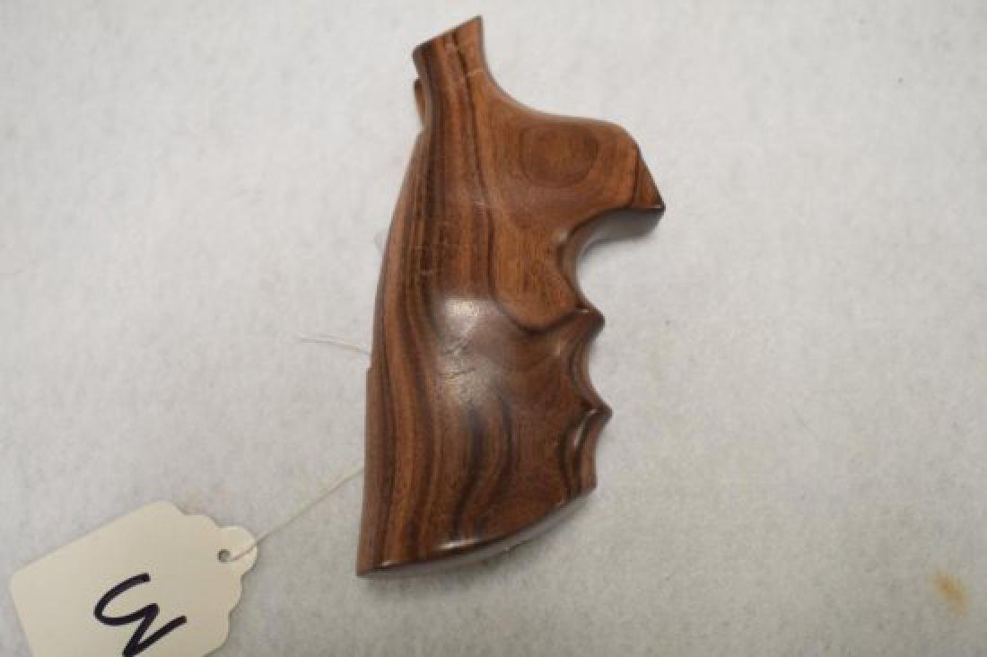 FACTORY HOUG IRONWOOD FINGER GROOVED GRIPS FOR LARGE