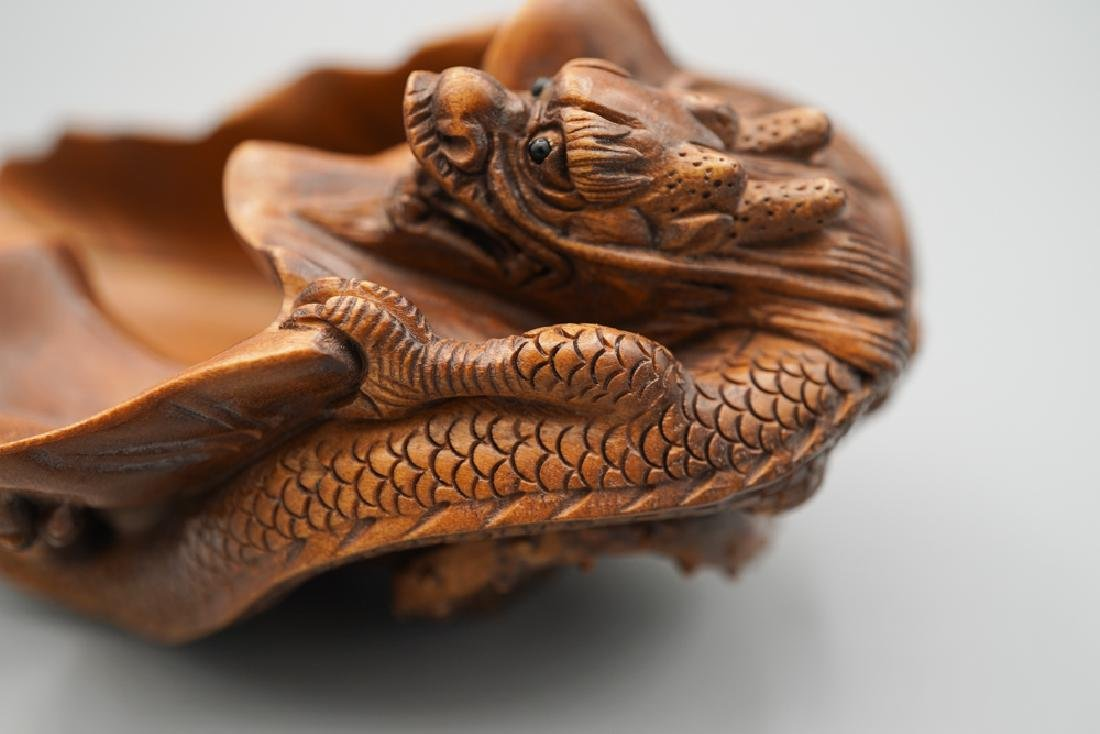 A carved boxwood - 6
