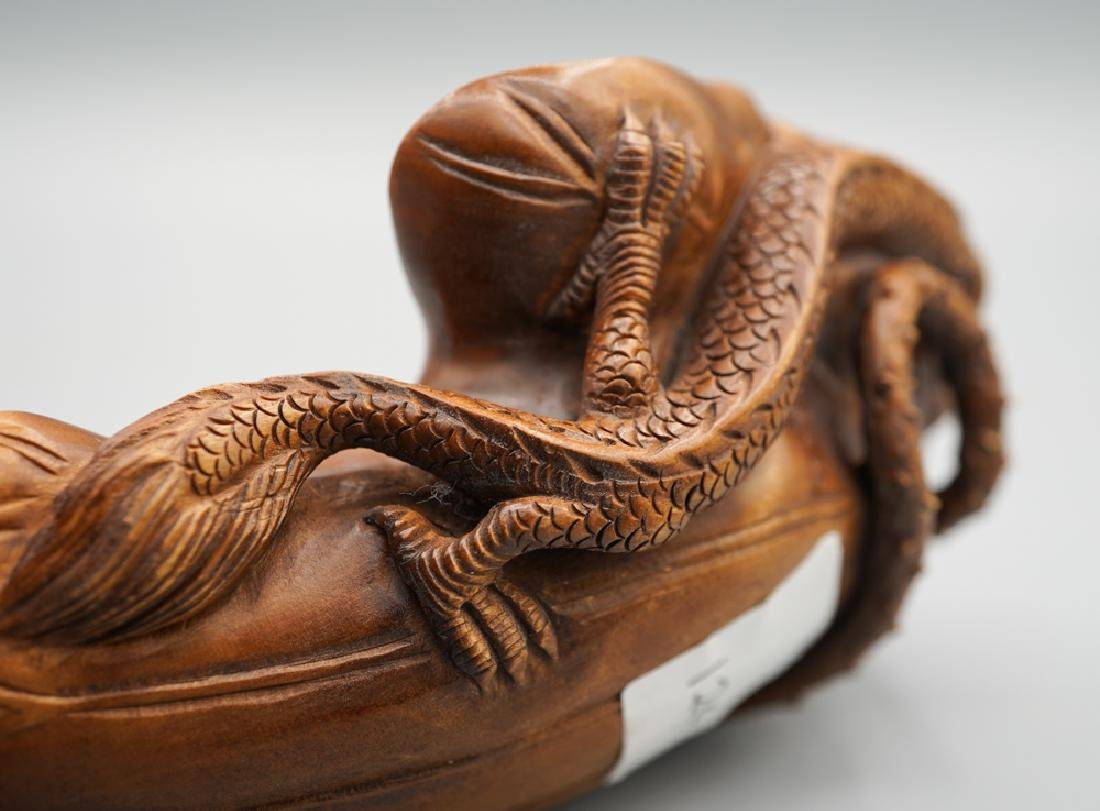 A carved boxwood - 7