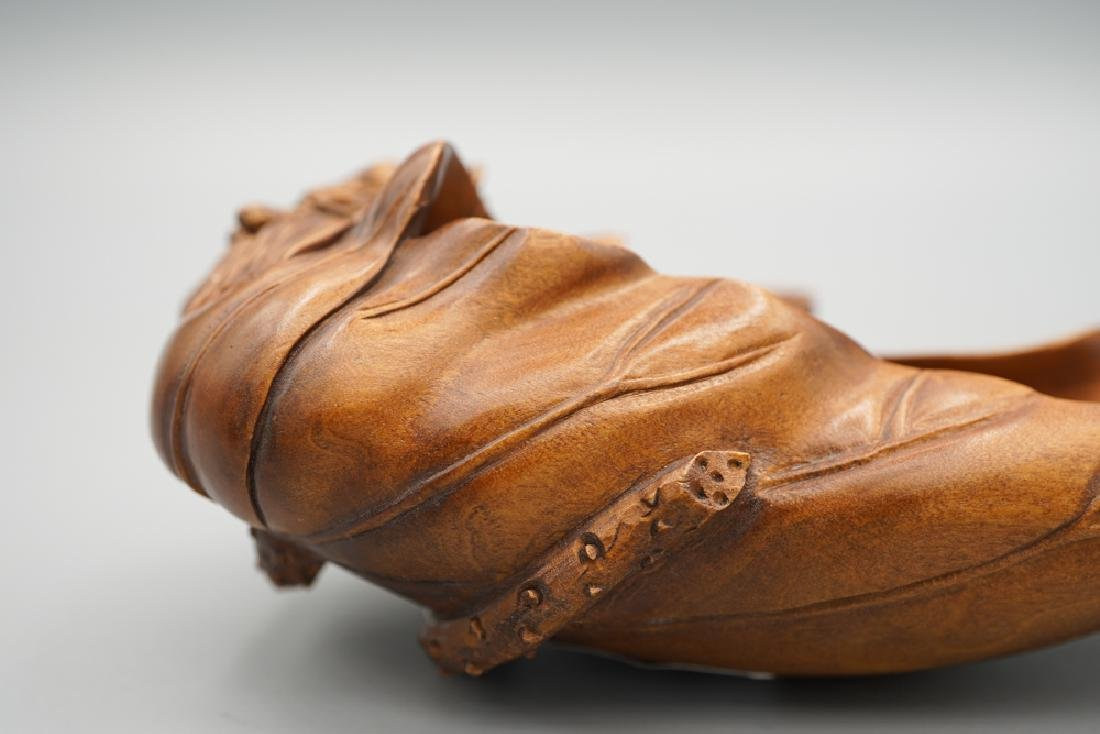 A carved boxwood - 8