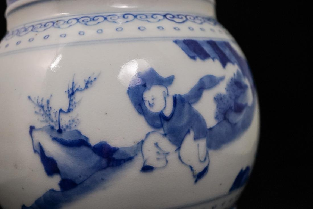 China Qing Dynasty Blue and White Vase - 8