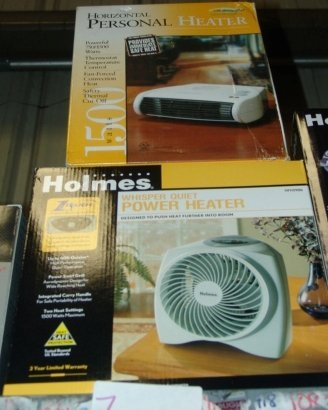 7: HOLMES PERSONAL HEATER AND LAKEWOOD PERSONAL HEATE H