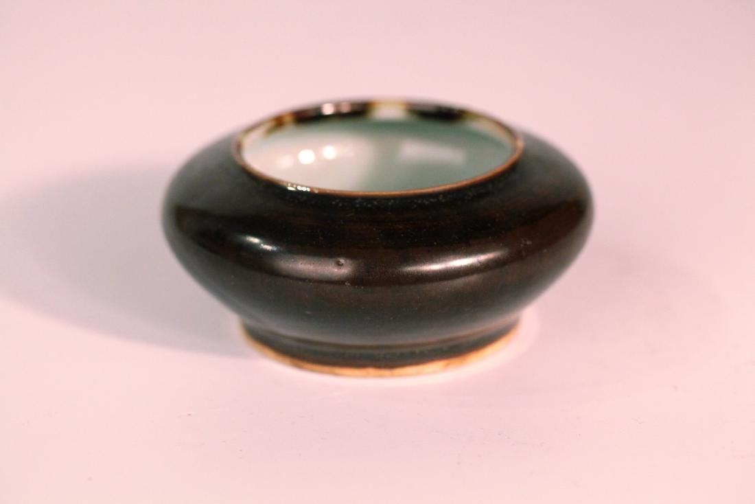A chinese black glaze wash pot
