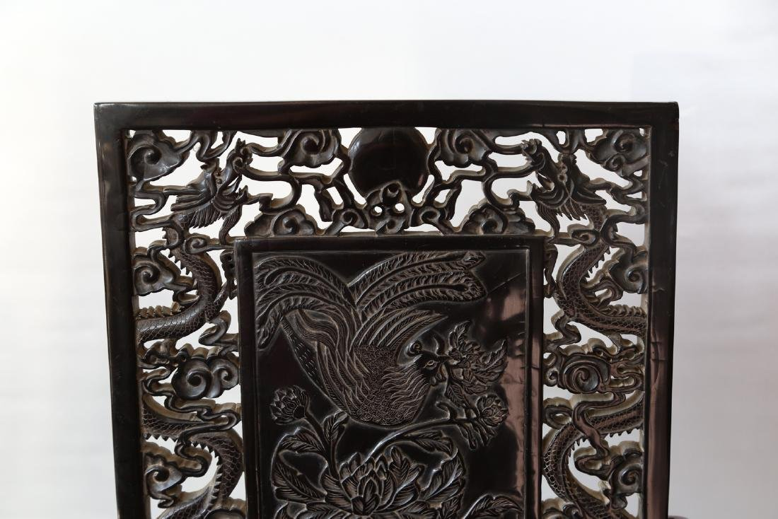A chinese amber carved screen - 2