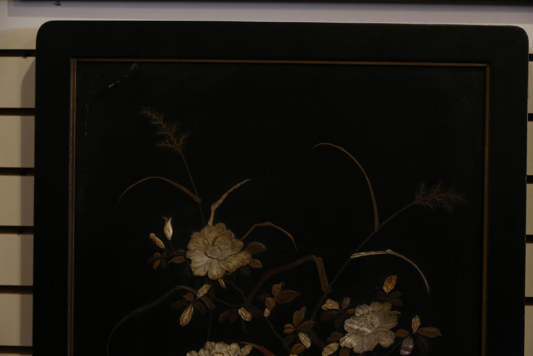 A japanese lacquer screen - 2