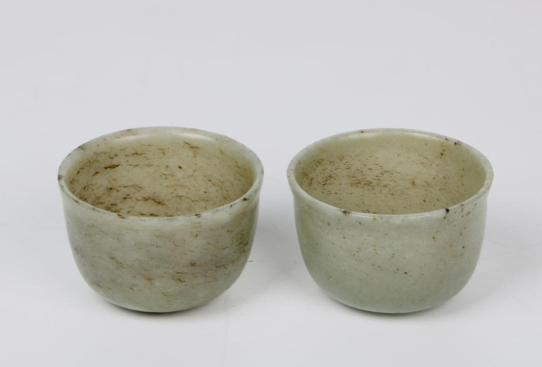 A pair of chinese white jade cups - 2