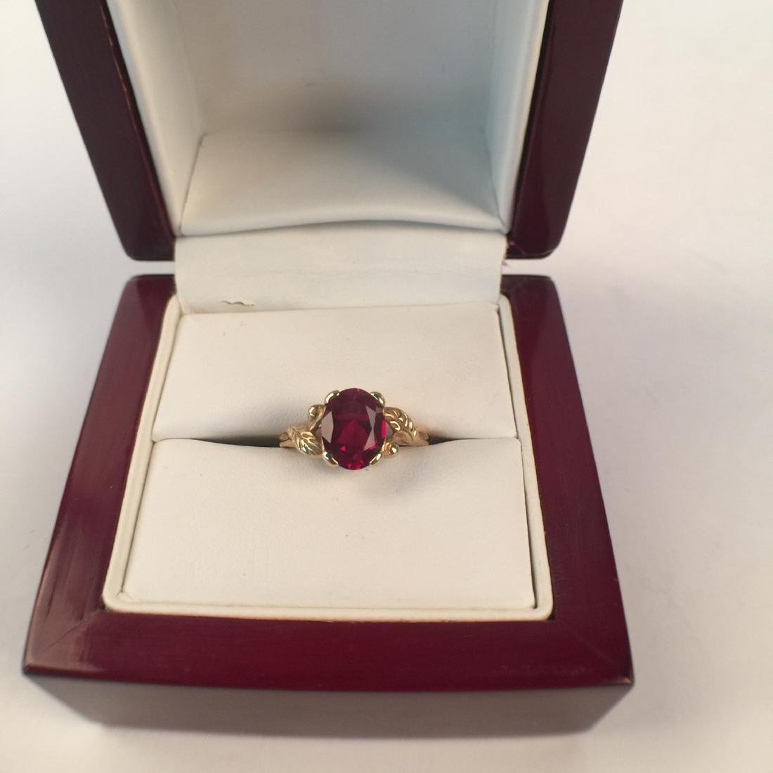 A 14k gold ruby ring - 2