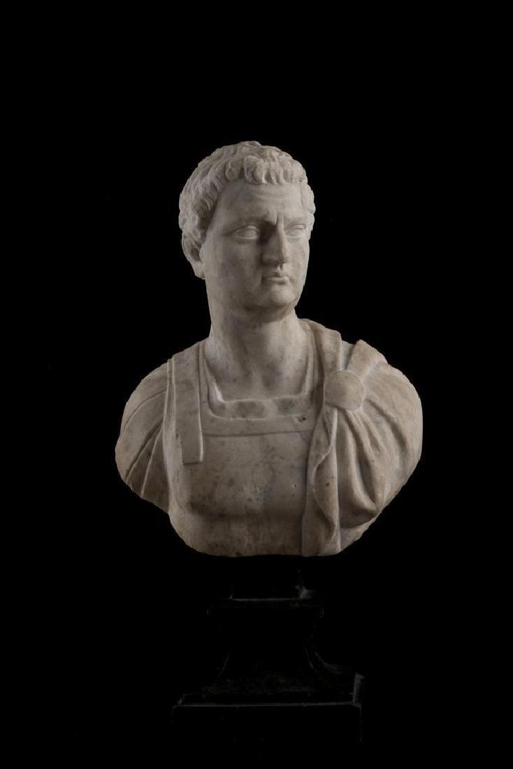 BUSTO LORICATO DATAZIONE: XVIII sec. d. C. MATERIA E