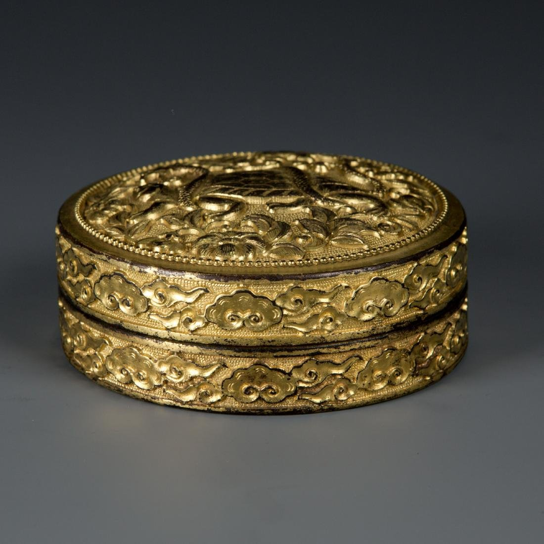 Round Gilt Bronze box with Turtle and Snake - 2