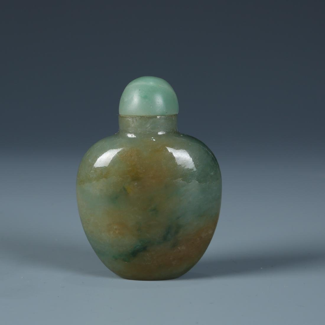 Jadeite Snuff Bottle