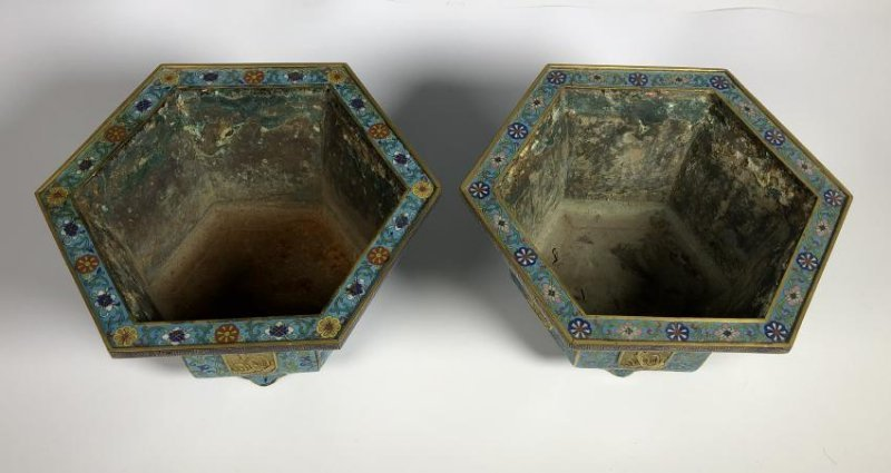 Pair of Chinese Qing Dynasty Cloisonné Planters - 5