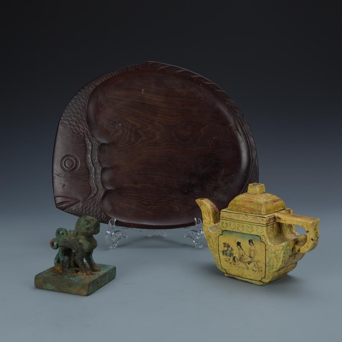 Estate Sale: 3pc Wood Server Bronze Seal & Cast Tea Pot
