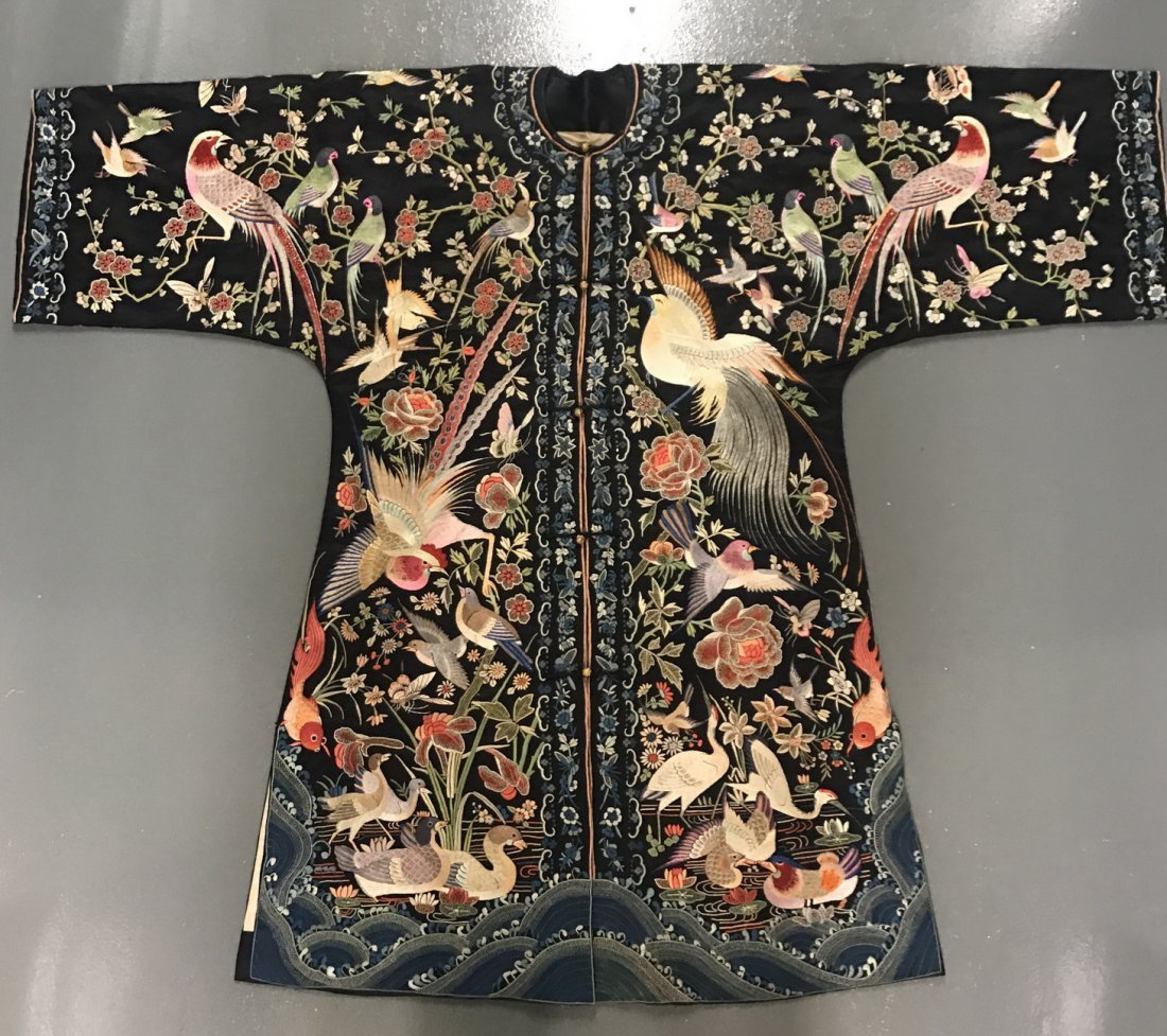 Chinese Silk Embroidered Hundred Birds Robe
