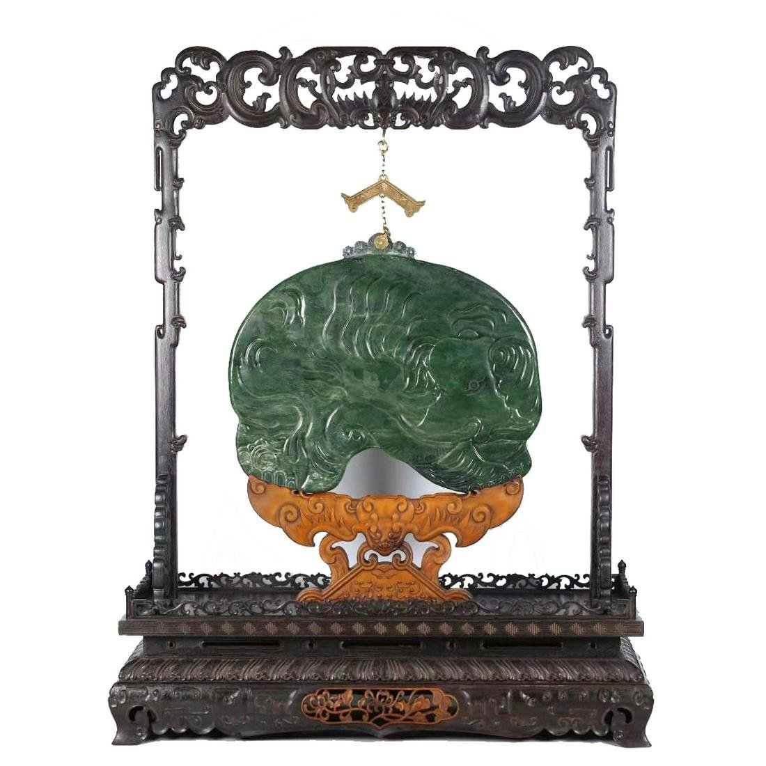 CARVED GREEN JADE TABLE SCREEN