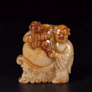 MING DNY CARVED HETIAN JADE BOY AND DRUM TOGGLE