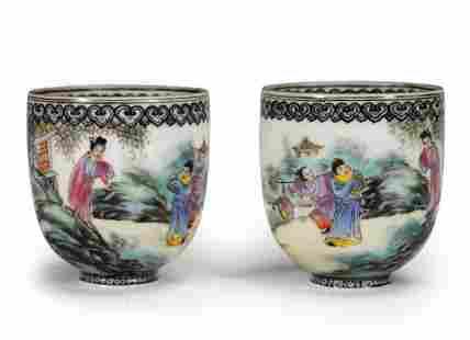 PAIR OF QIANLONG WUCAI 'FIGURAL' PORCELAIN CUPS