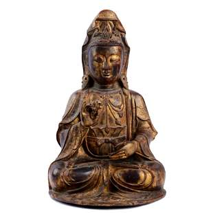 LARGE AND FINE GILT BRONZE FIGURE OF GUANYIN