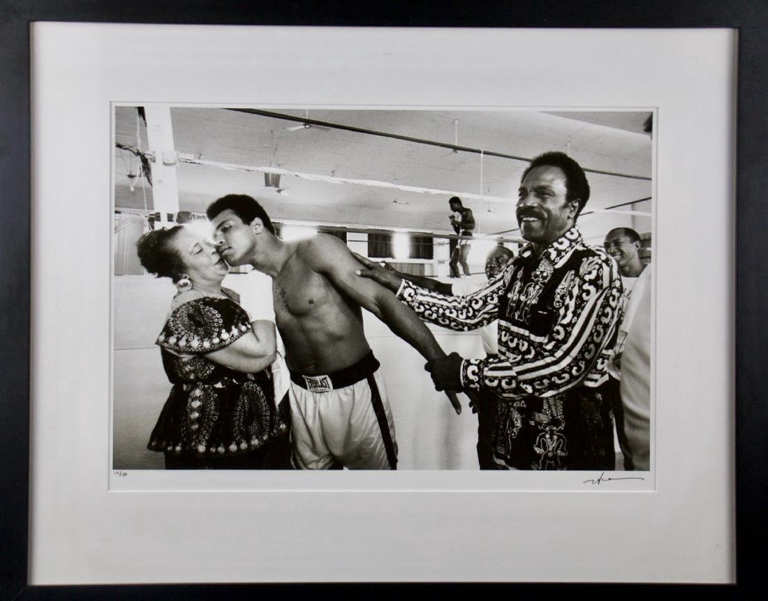 Neil Leifer- Ali with His Parents in Training before