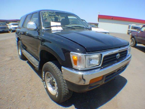 1006: 1992 Toyota Truck 4 Runner SR5 Black Vin#JT3VN39W