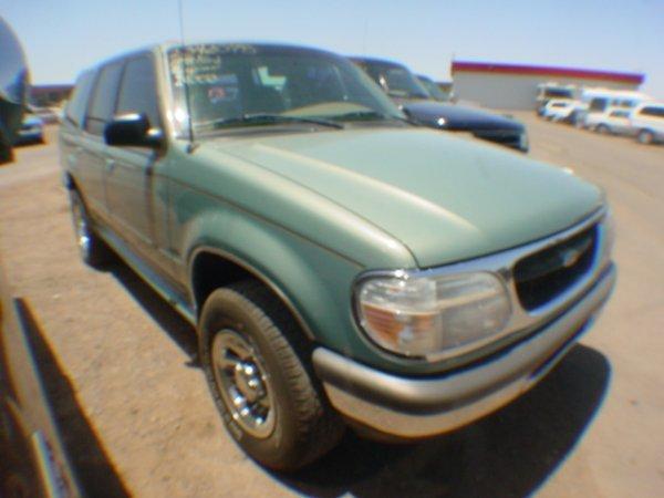 1013: 1998 Ford Explorer Green  WZA90513