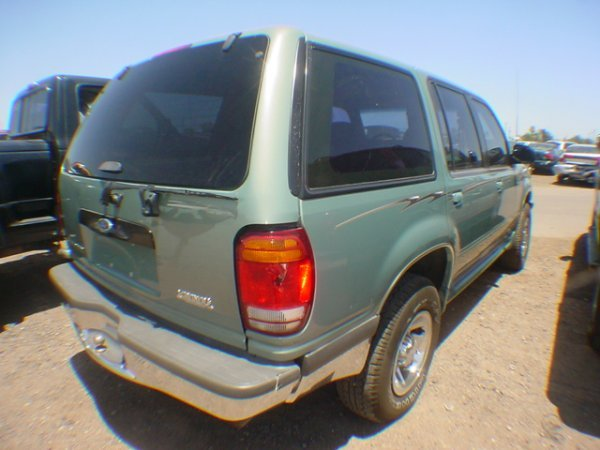 1013: 1998 Ford Explorer Green  WZA90513 - 4