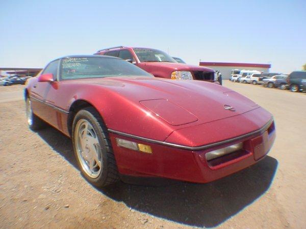 1017: 1989 Chevy Corvette Maroon Vin# 1G1YX2189K5106490