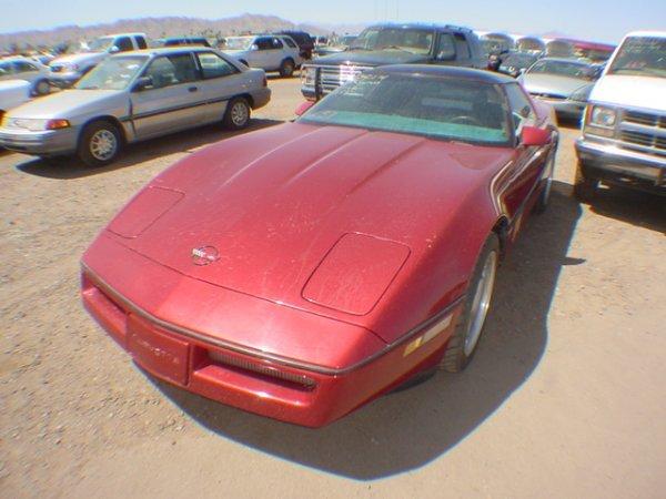 3008: 1989 Chev Corvette miles 93603 Vin # 1G1VV2189KS1
