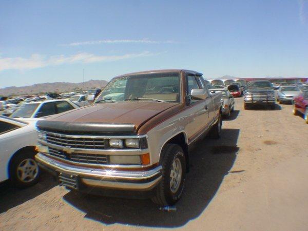 3011: 1989 Chev Silverado miles 120292 Vin#2GCEK19KOK12