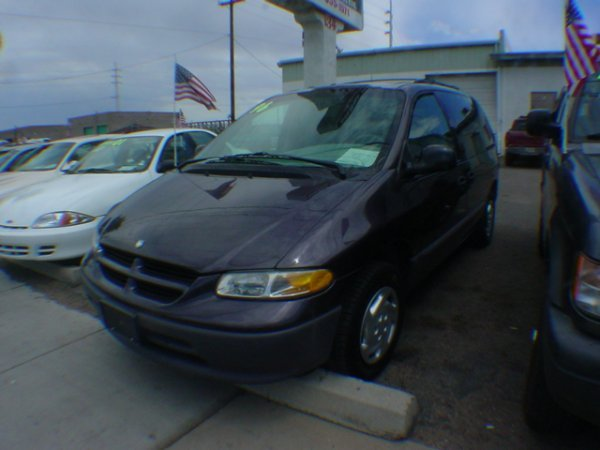 3016: 1996 Dodge Caravan miles vin# 2B4GP4537TR849070
