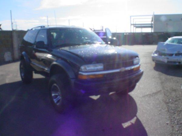 4019: 1998 Chevrolet Blazer Vin# 1GNCT18W8K196602