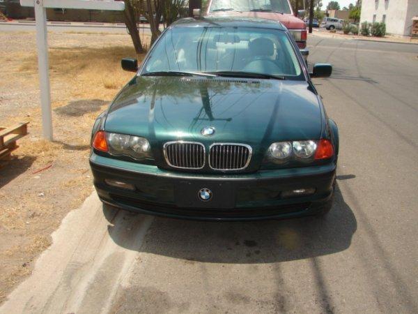 3: 2001 BMW 325i