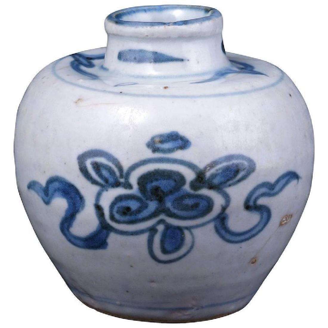 Small Chinese porcelain jar with lotus symbols Ming