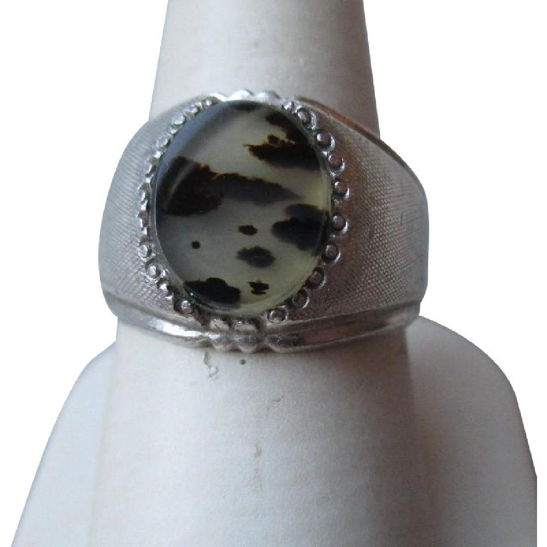 Beautiful Sterling Silver and Moss Agate Ring