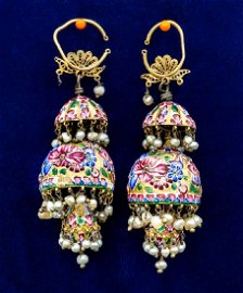 A Pair of Magnificent 18-21K Gold and Enamel Earrings,