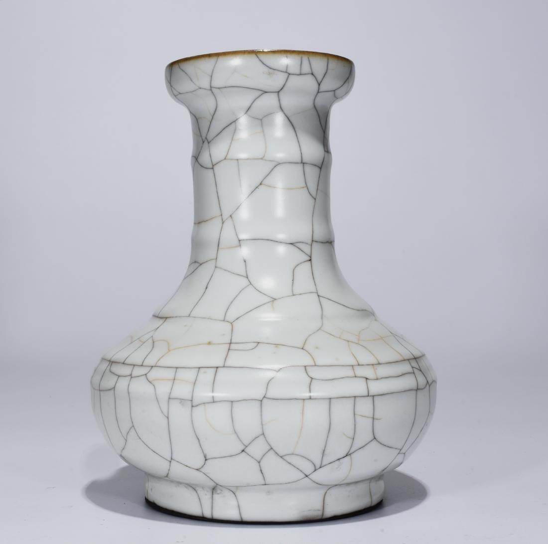 A Ge Ware Vase