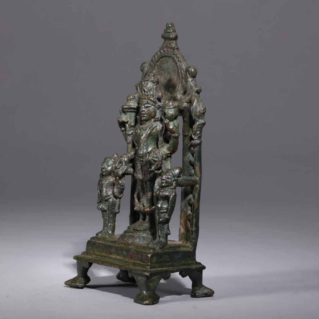 A Bronze Indian Figure of Vishnu - 3