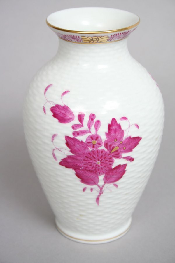 4: Herend Chinese Bouquet Raspberry Vase