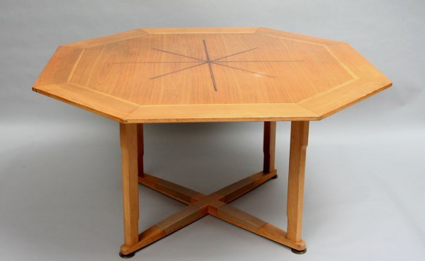 219: Dunbar Game Table and Chairs